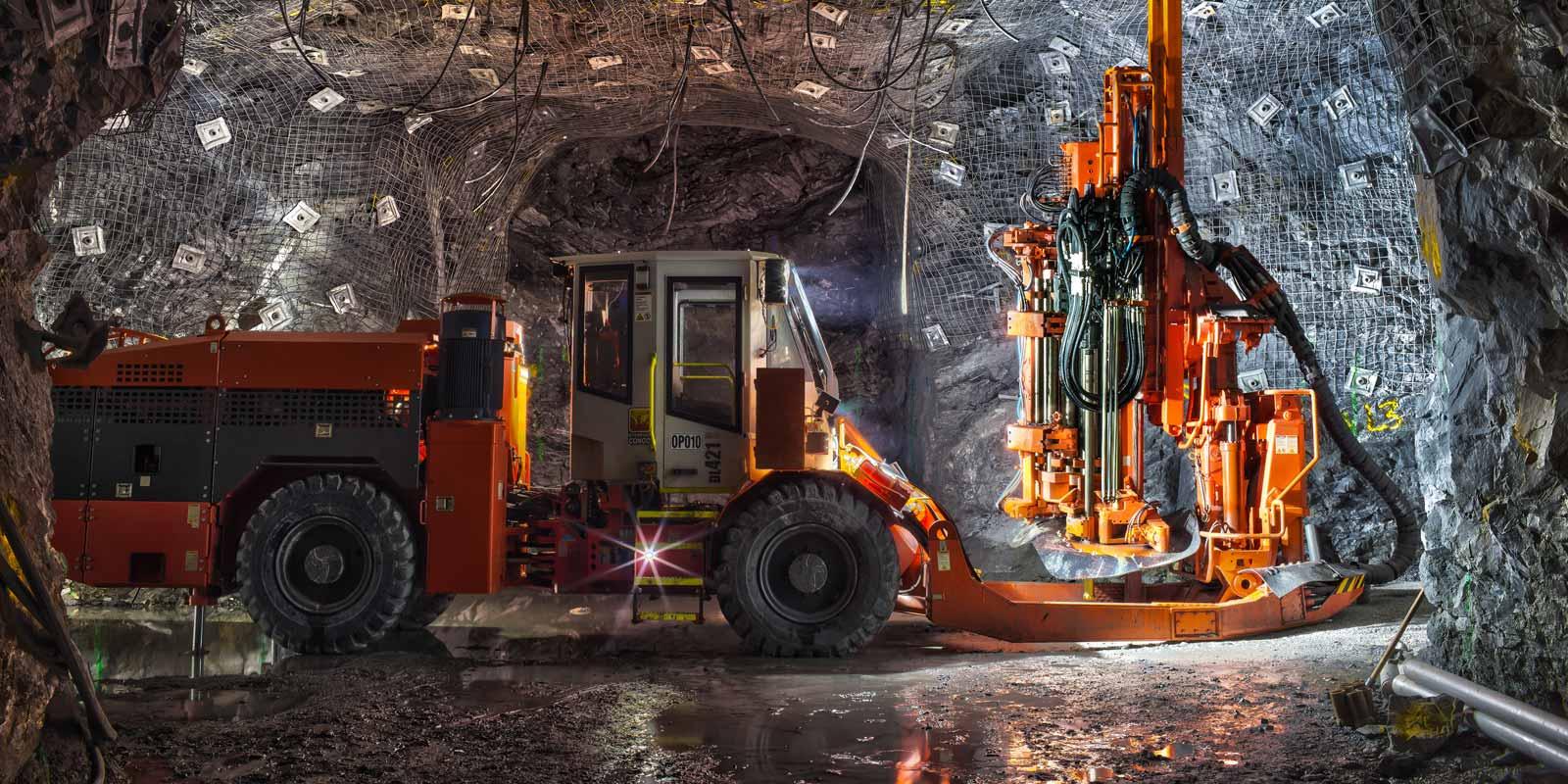 Byrnecut mining production drill Sandvik DD421, Longhole drill rig